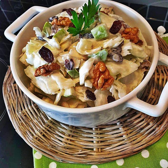 Ballı Lahana Salatası Nasıl Yapılır